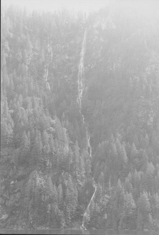 Princess Louisa Inlet (Chatterbox Falls)