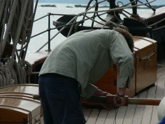 Dan (the Bosun´s mate) hard at work