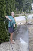 Kellei powerwashes away the grime